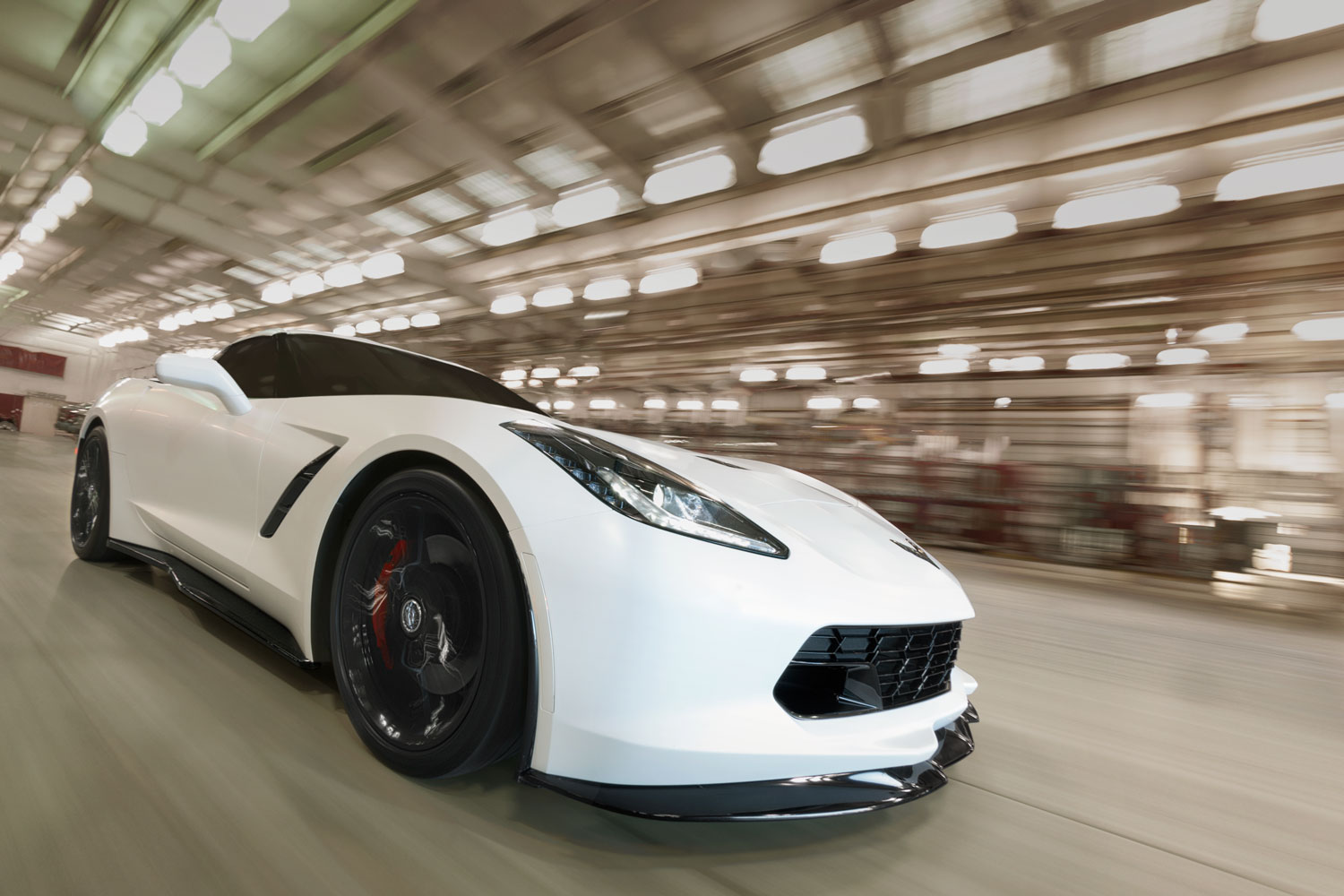 Corvette-C7_White_Driving